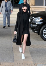 145934, Kendall Jenner seen displaying her long legs while shopping in Beverly Hills. New York, New York - Thursday December 10, 2015. Photograph: © Survivor, PacificCoastNews. Los Angeles Office: +1 310.822.0419 sales@pacificcoastnews.com FEE MUST BE AGREED PRIOR TO USAGE