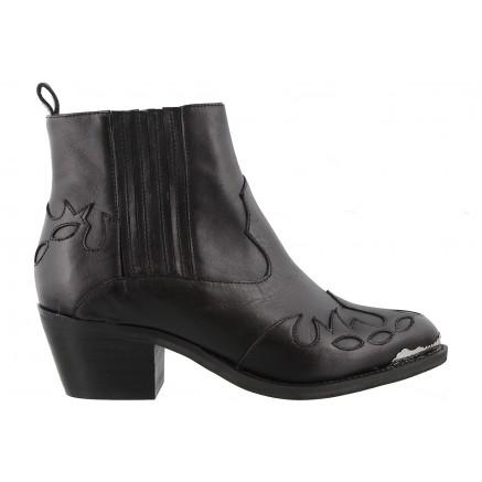 frolic.blk-boot-black.jpg