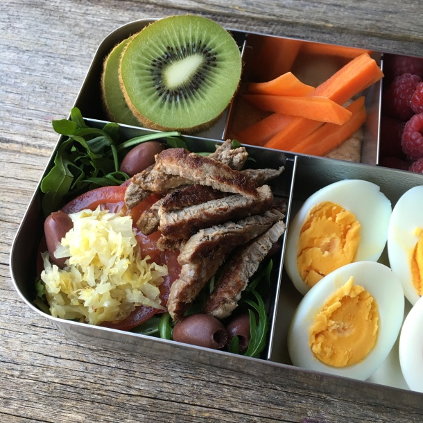 paleo-lunchbox-02